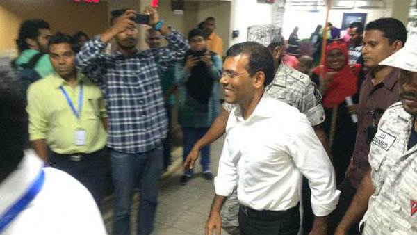 Nasheed's house arrest extended, opposition backs age-limits for presidency
